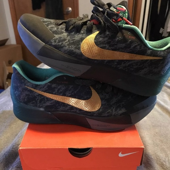 best sneakers 2cde7 1b0e9 Nike KD Trey 5 II China Pack Edition. M 5a70b9cf72ea880371572313